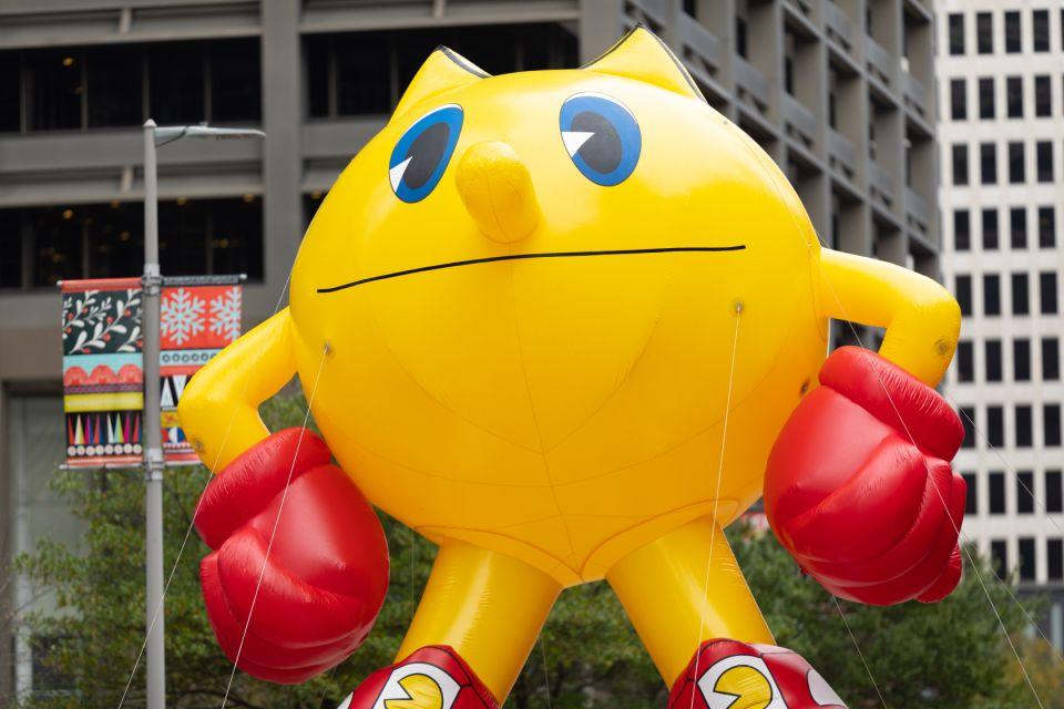 pac man parade balloon